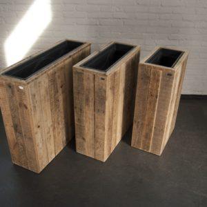Bloembakken van sloophout