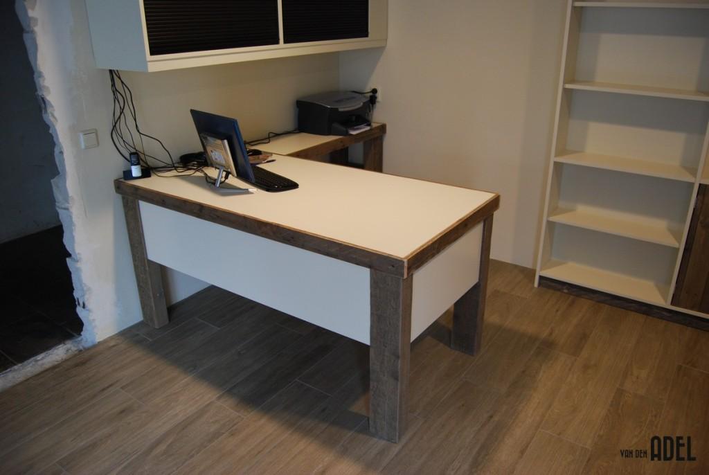 boekenkastopstelling u vorm met bureau oud hout van den adel meubels op maat. Black Bedroom Furniture Sets. Home Design Ideas
