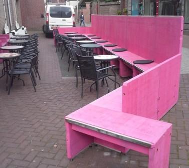Terrasmeubilair Nagelkerke Oudenbosch van hardhout Azobé steenschotten roze pink07
